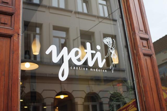 """Brunch chez Yéti à Bruxelles. Photo: Lou Verschuren de """"Sur le frigo"""""""